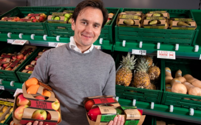 Iceland trials swathes of plastic-free packaging for fruit and veg