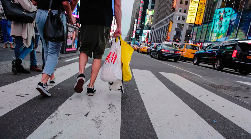 New York's Plastic Bag Ban Begins